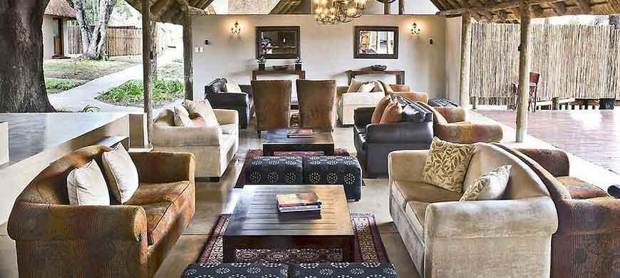3-simbavati-lounge.jpg