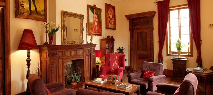 870_lepavillon_lounge.jpg