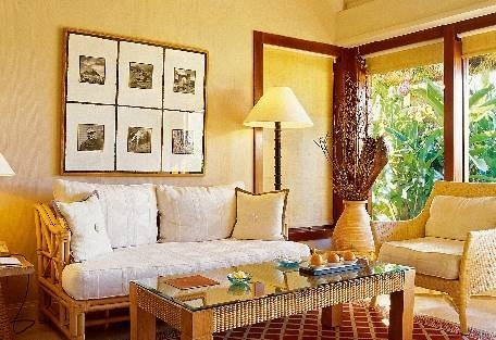 sunsafaris-5-the-oberoi.jpg