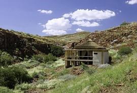 456-2-damaraland-camp.jpg