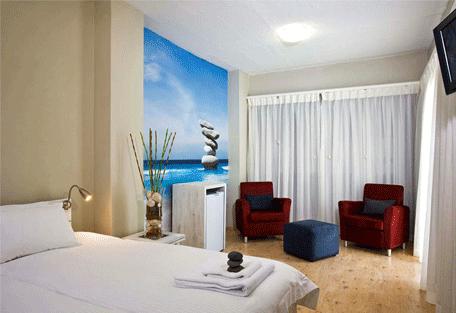 456g_namibia-luxury-self-drive_swakopmund-bedroom.jpg