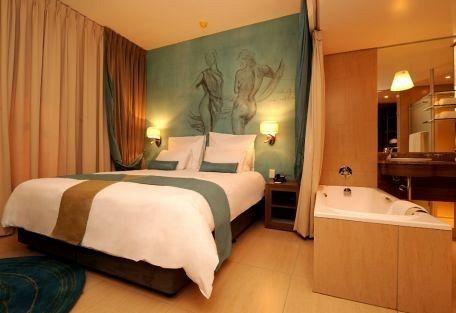 3-456-peermont-metcourt-suites.jpg