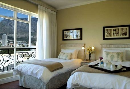 room-cape-town-hollow.jpg