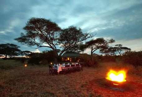 456f_lemala-ewanjan-camp_nightime-dining.jpg