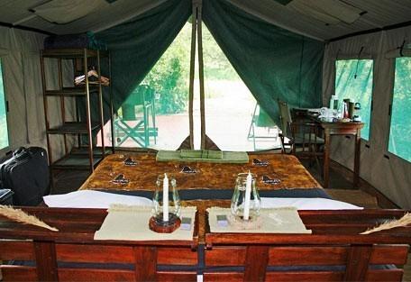 j05-twin-tent.jpg